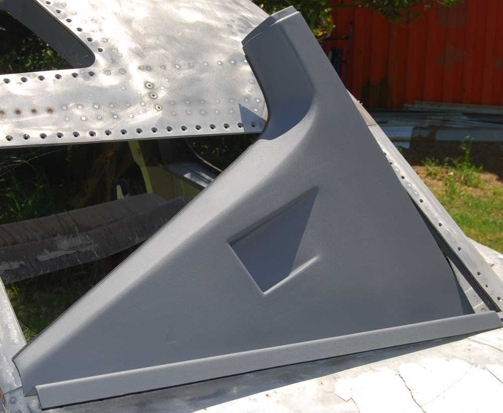 AFT  WINDOW LOWER LINER